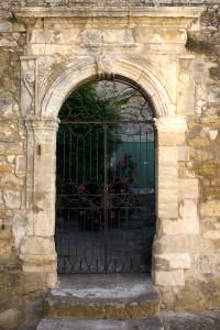 Menerbes secret garden