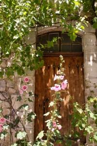 pretty Sault door