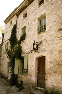 vaison antique doorway