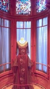 7 Mary's dress